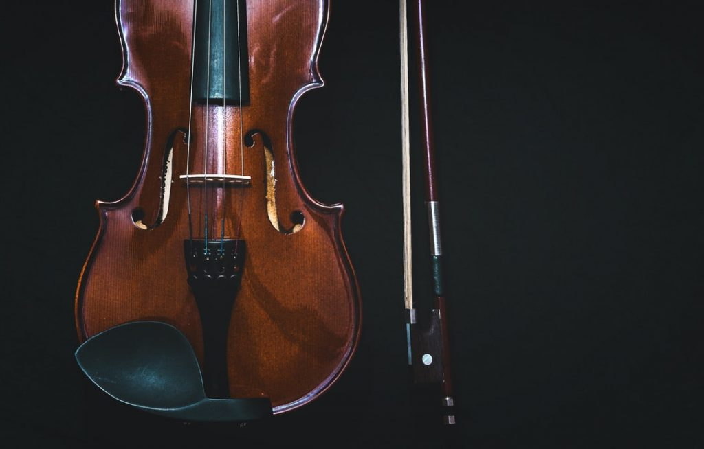 What Is The Difference Between A Fiddle And A Violin? - Learn All About The Fiddle